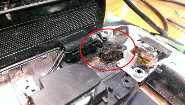 ремонт петель ноутбука в Киеве
